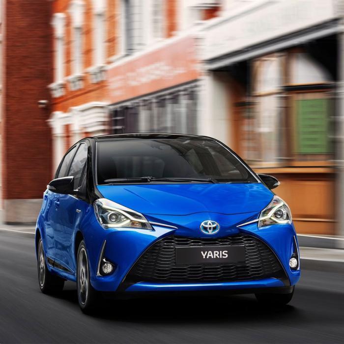 Toyota Yaris hybrid (Automat)