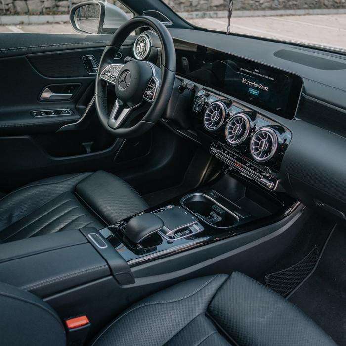 Mercedes-Benz A200 (Automat)