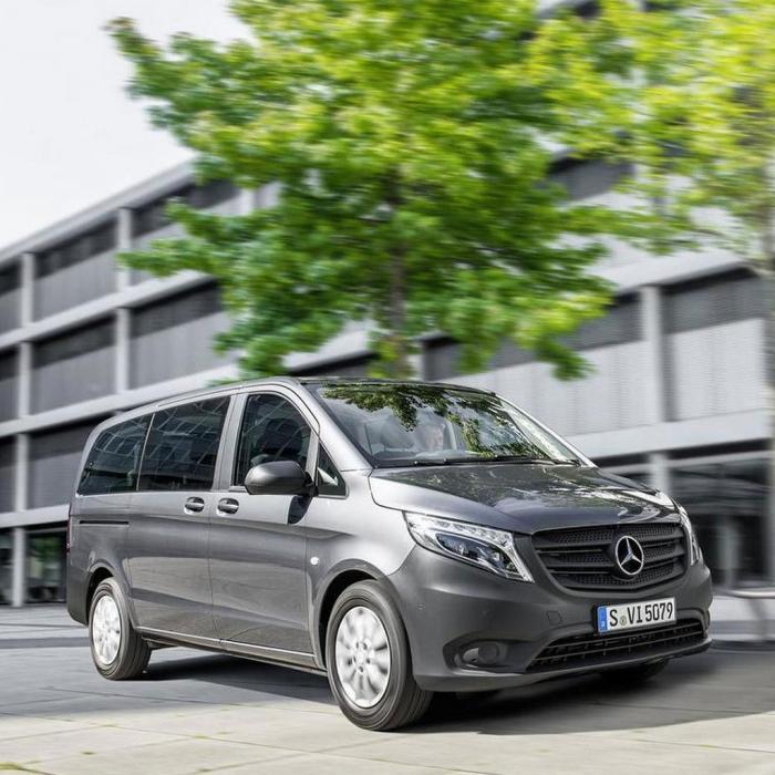 Mercedes-Benz Vito Tourer (Automat)