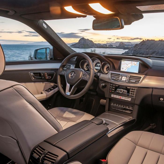 Mercedes-Benz E220d (Automat)