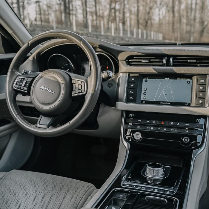 Jaguar XF (Automat)
