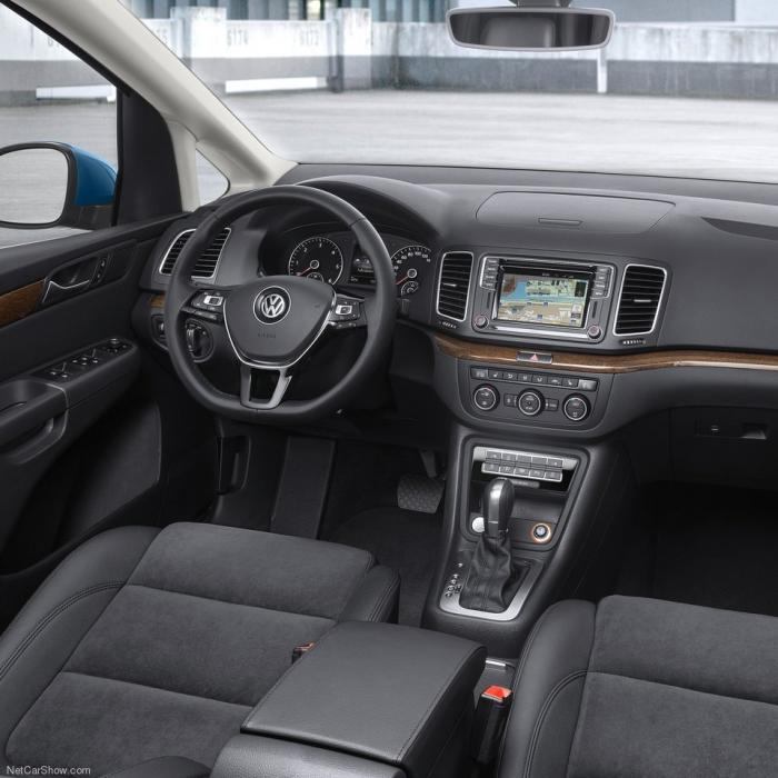 Volkswagen Sharan (Automat)