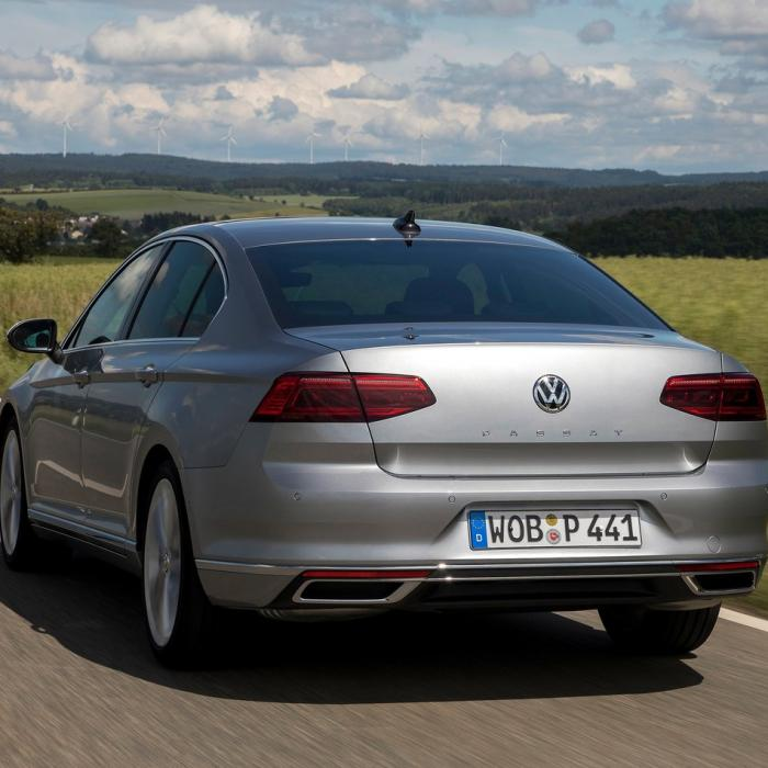 Volkswagen Passat (Automat)