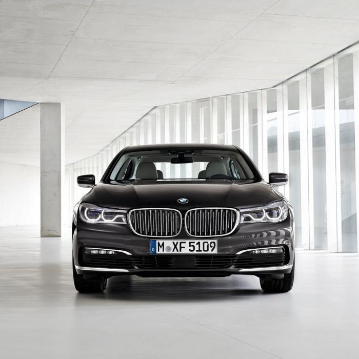 BMW 730 Long (4x4 Automat)