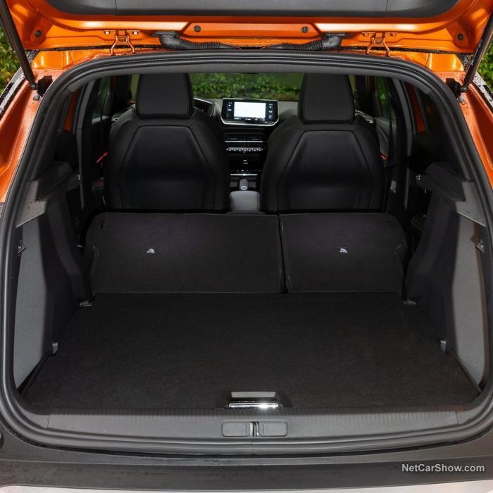 Peugeot 2008 (Automat)